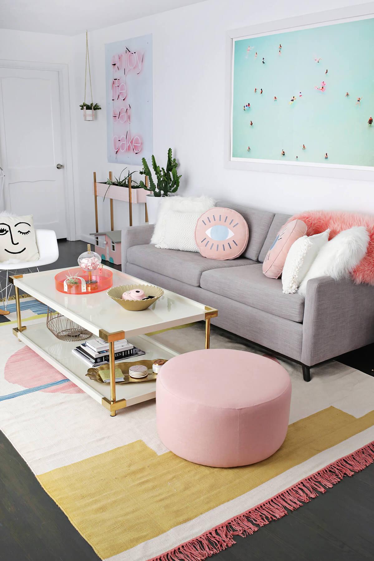 A Contemporary Colorful Living Room Design