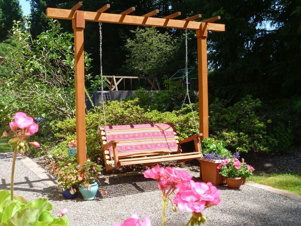 A Simple DIY Pergola Swing for Your Patio