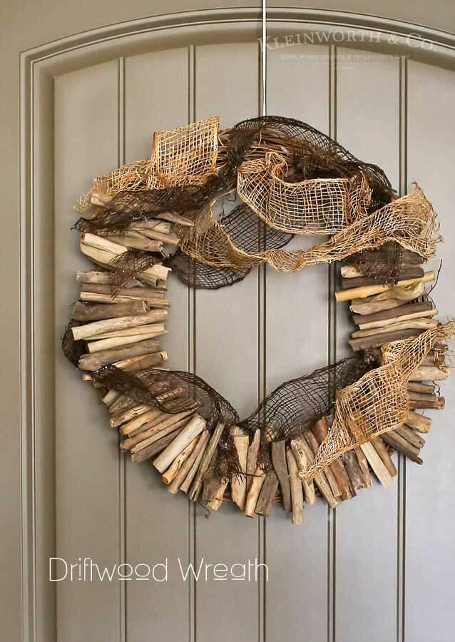 Rustic Burlap and Rigid Driftwood Nautical Wreath