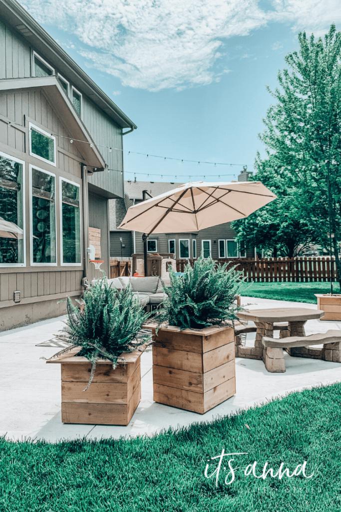 Creating a DIY Outdoor Vacation Setting