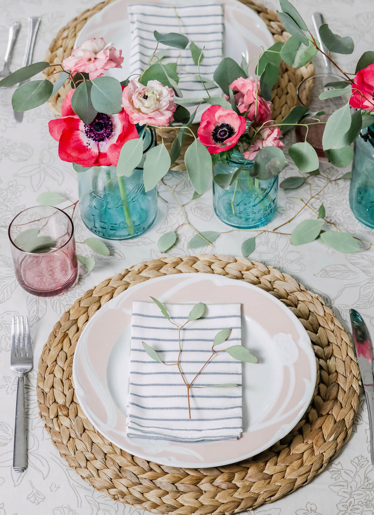Farmhouse-Style Pink and Blue Summer Tablescape