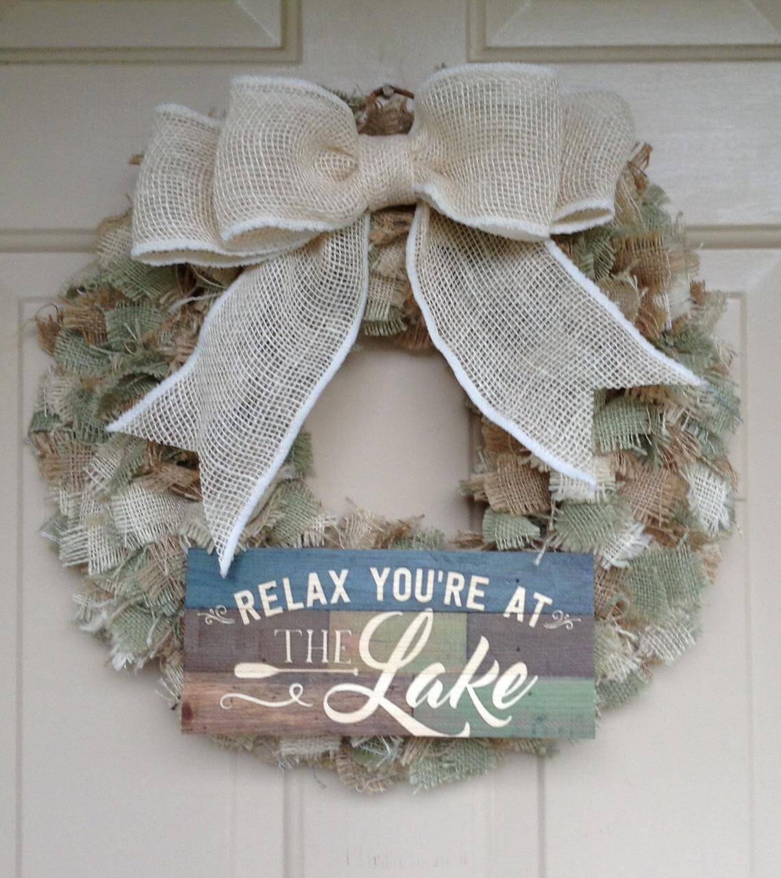 Rustic Lake House Burlap Bow Wreath