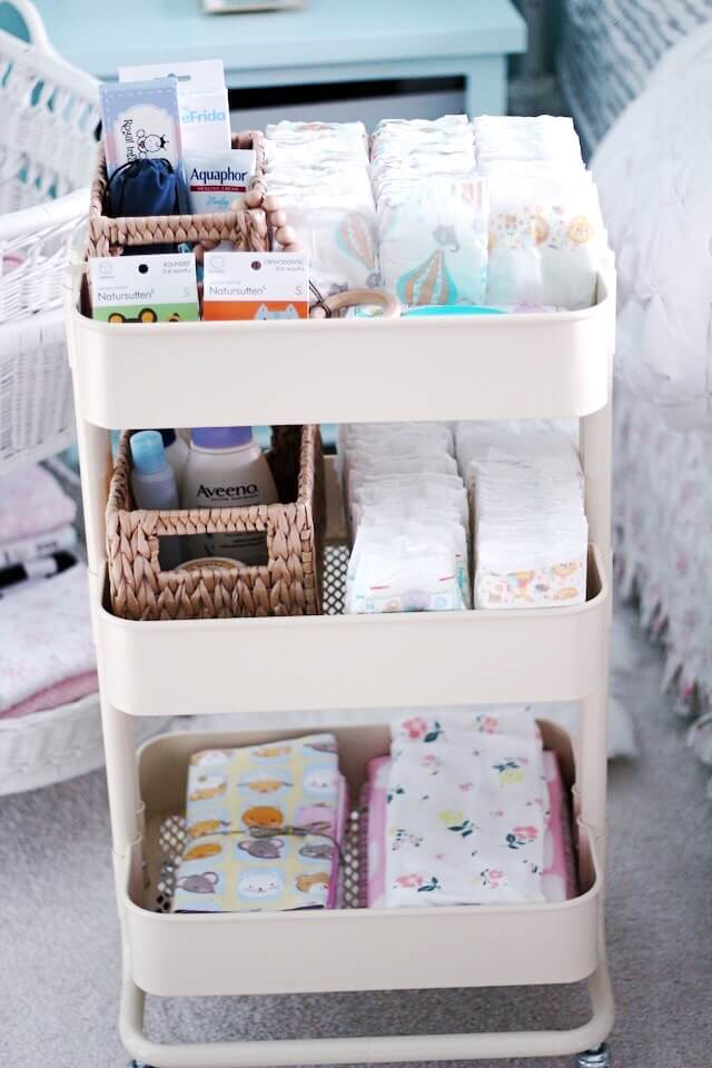 Effective Changing Cart for Diapered Babies