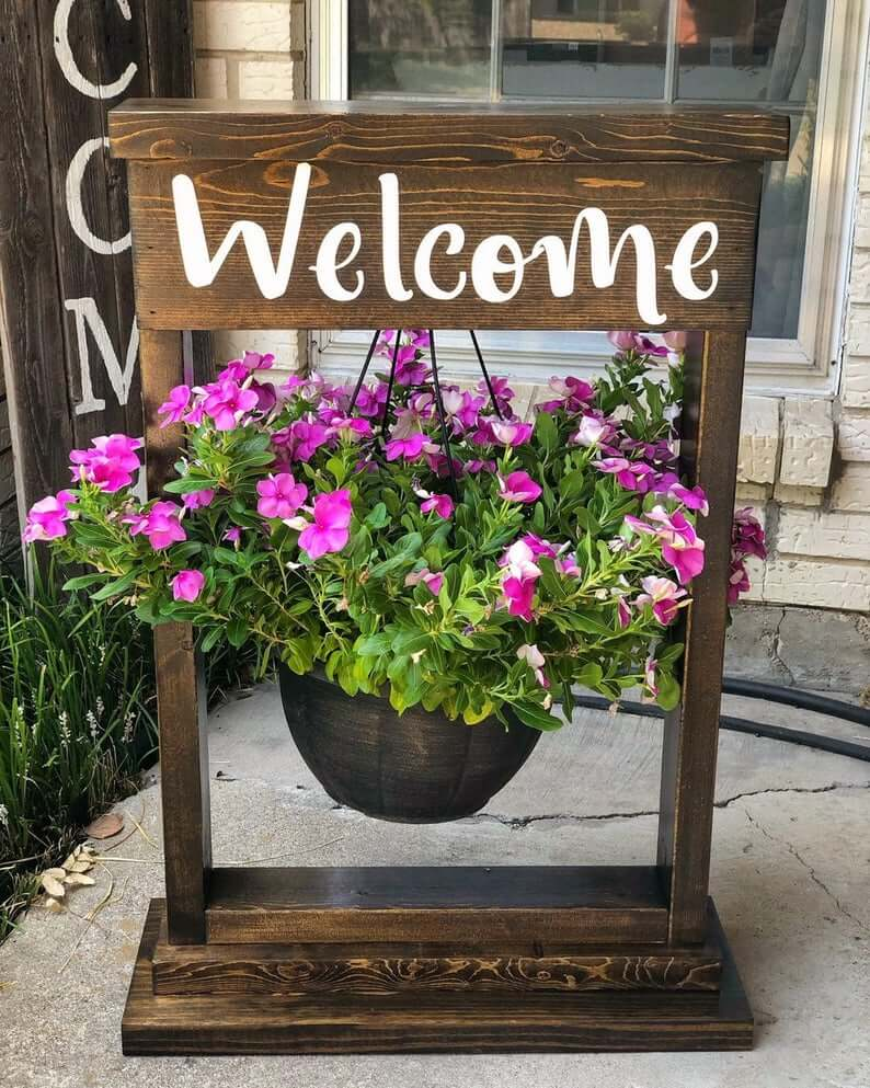 Beautiful Hanging Flower Basket Post Stand
