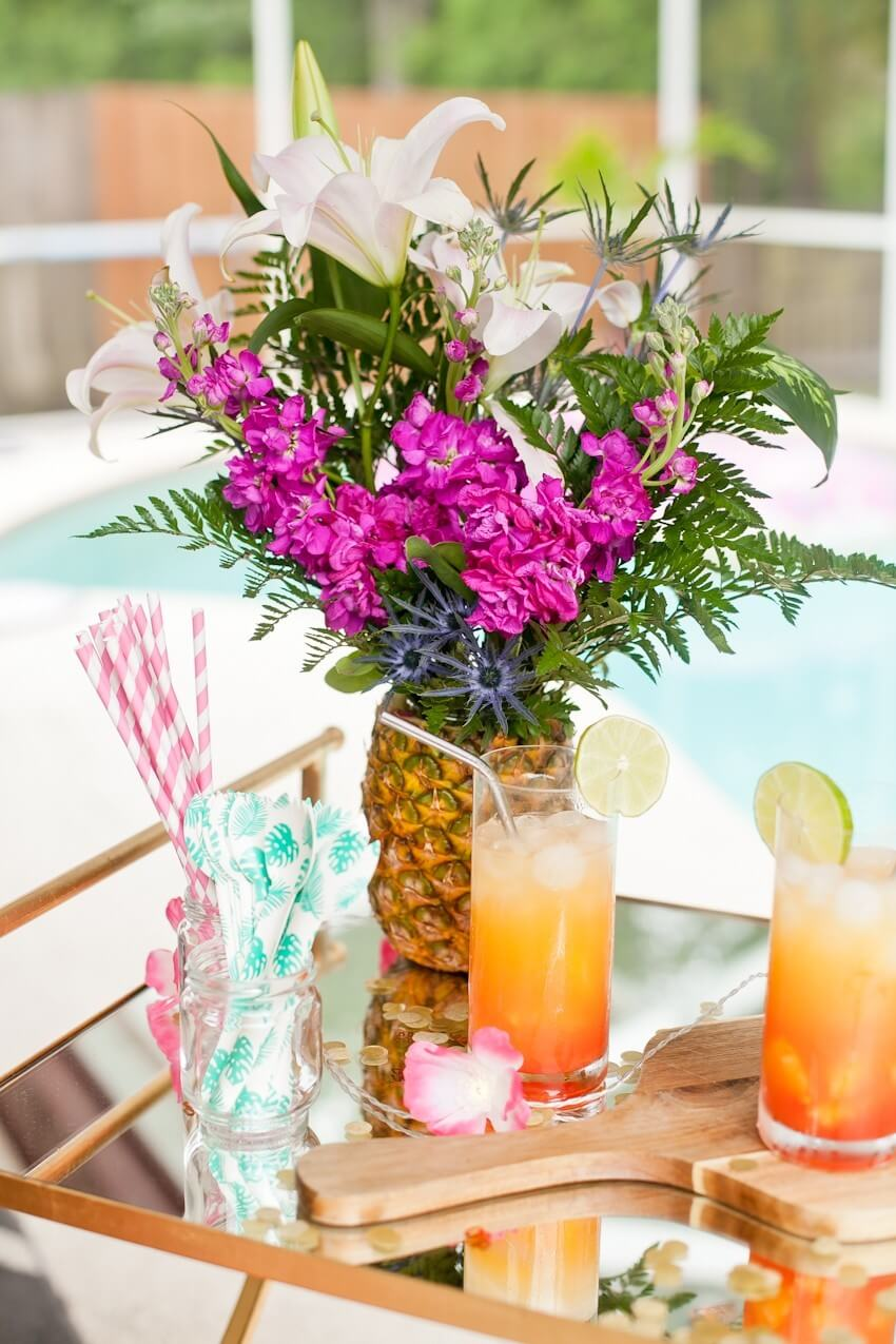 Perfectly Pineapple Natural Flower Vase