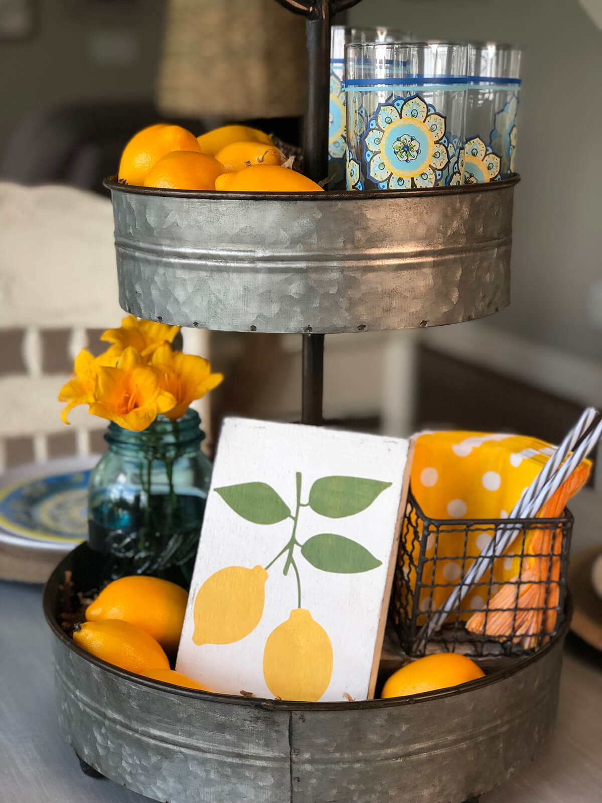 Country House Theme Lemon Tiered Tray