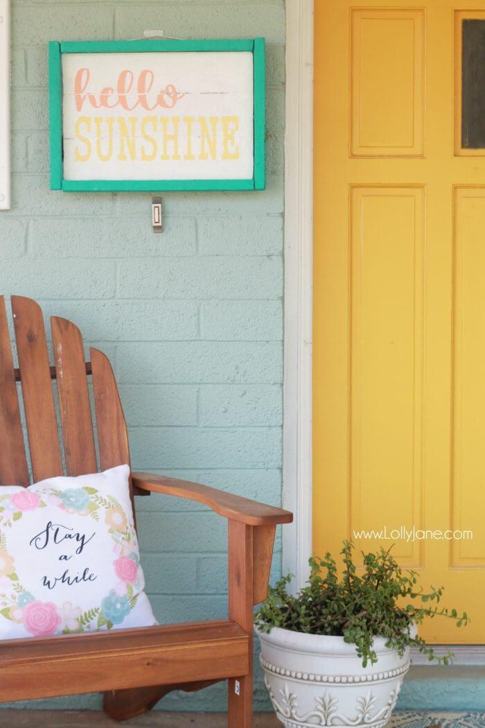 Cheerful DIY Hello Sunshine Summertime Porch Sign