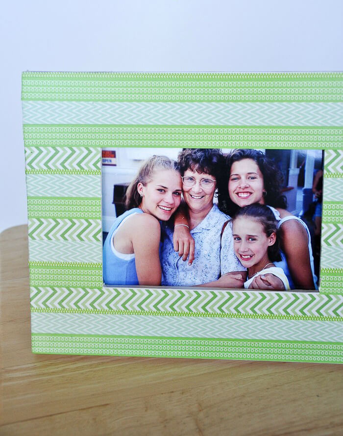 Cute and Simple Washi Tape Photo Frame