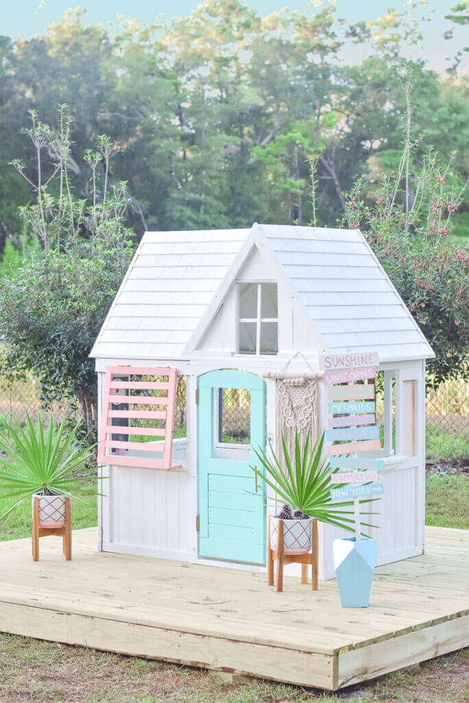 Cool Beach House Playhouse Makeover
