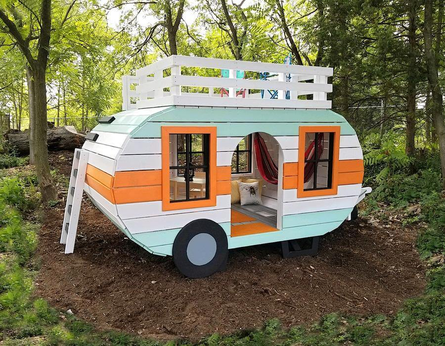 2-Sized Happy Camper Playhouse Plan