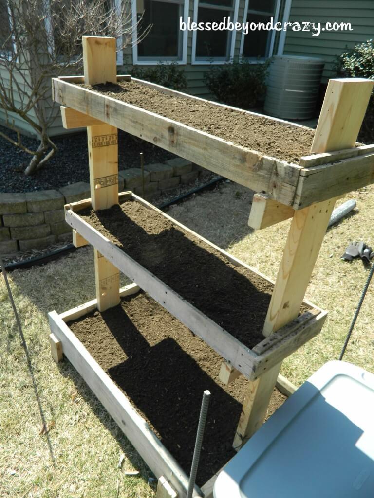 Simple Tall DIY Gardening Box