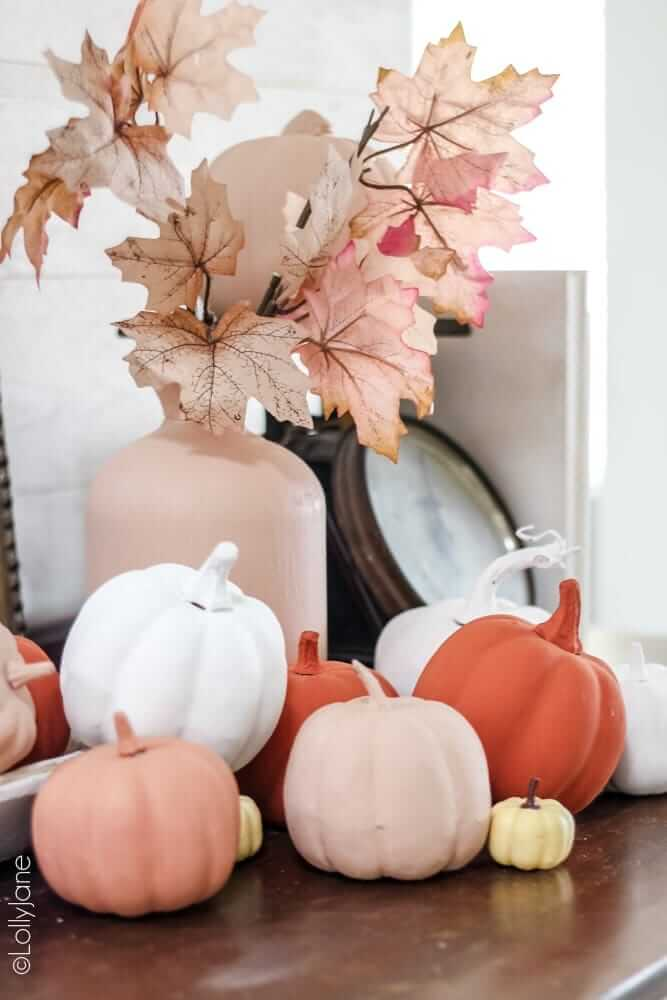 Brilliant Textured Baking Powder Painted Pumpkins