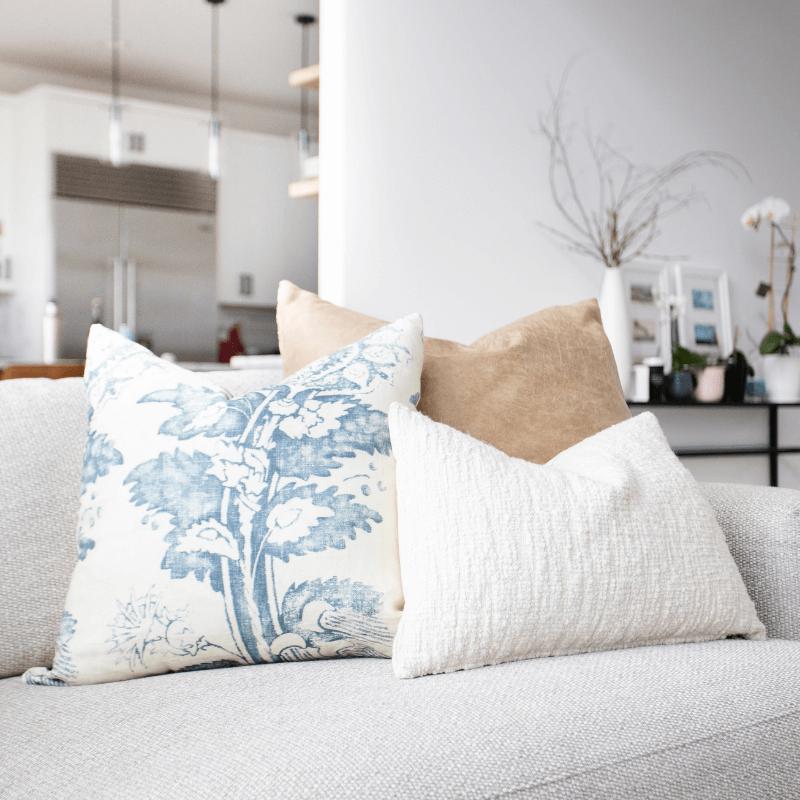 Various Textured Throw Pillow Pairings
