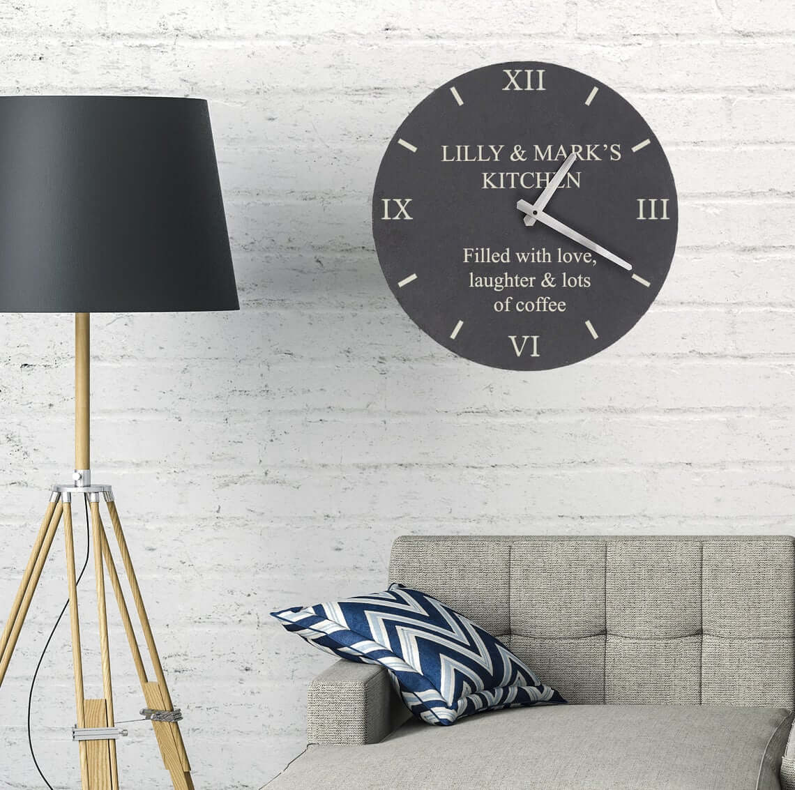 Write Any Message on This Slate Clock