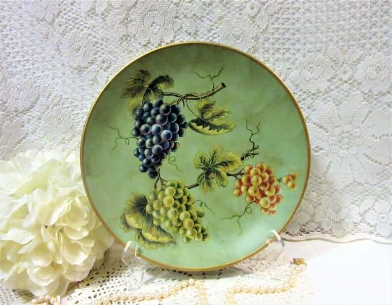 Grape Theme Fruit Decorative Plate