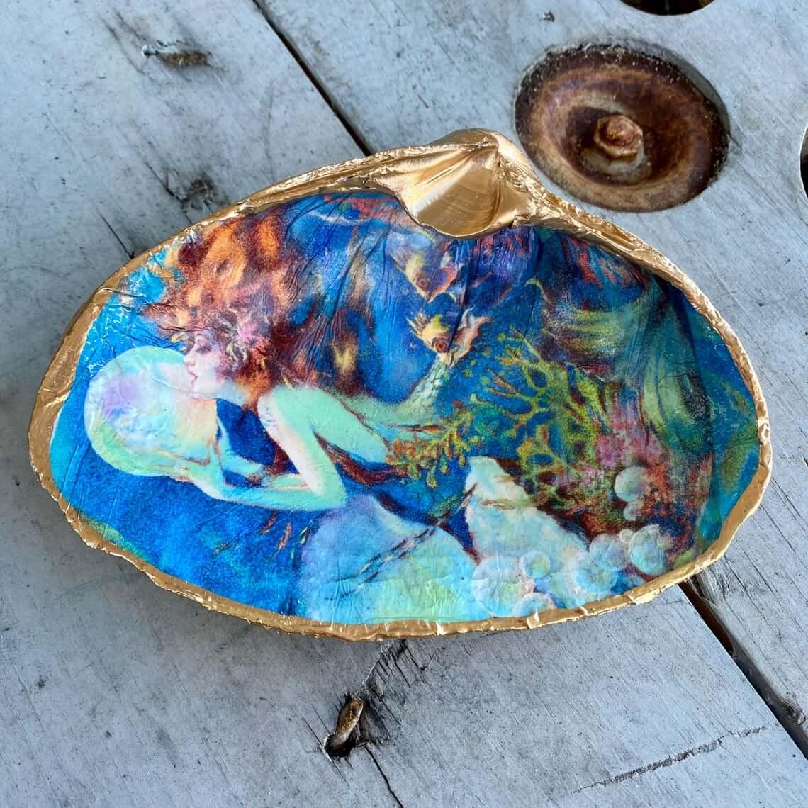 Amazing Mermaid Themed Shell Antiquity