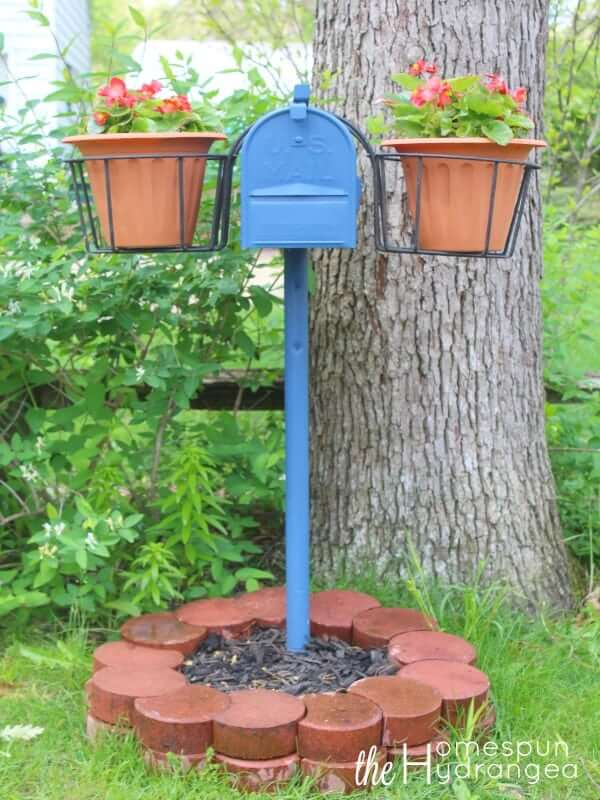 DIY Low-Cost Mailbox Makeover Planter