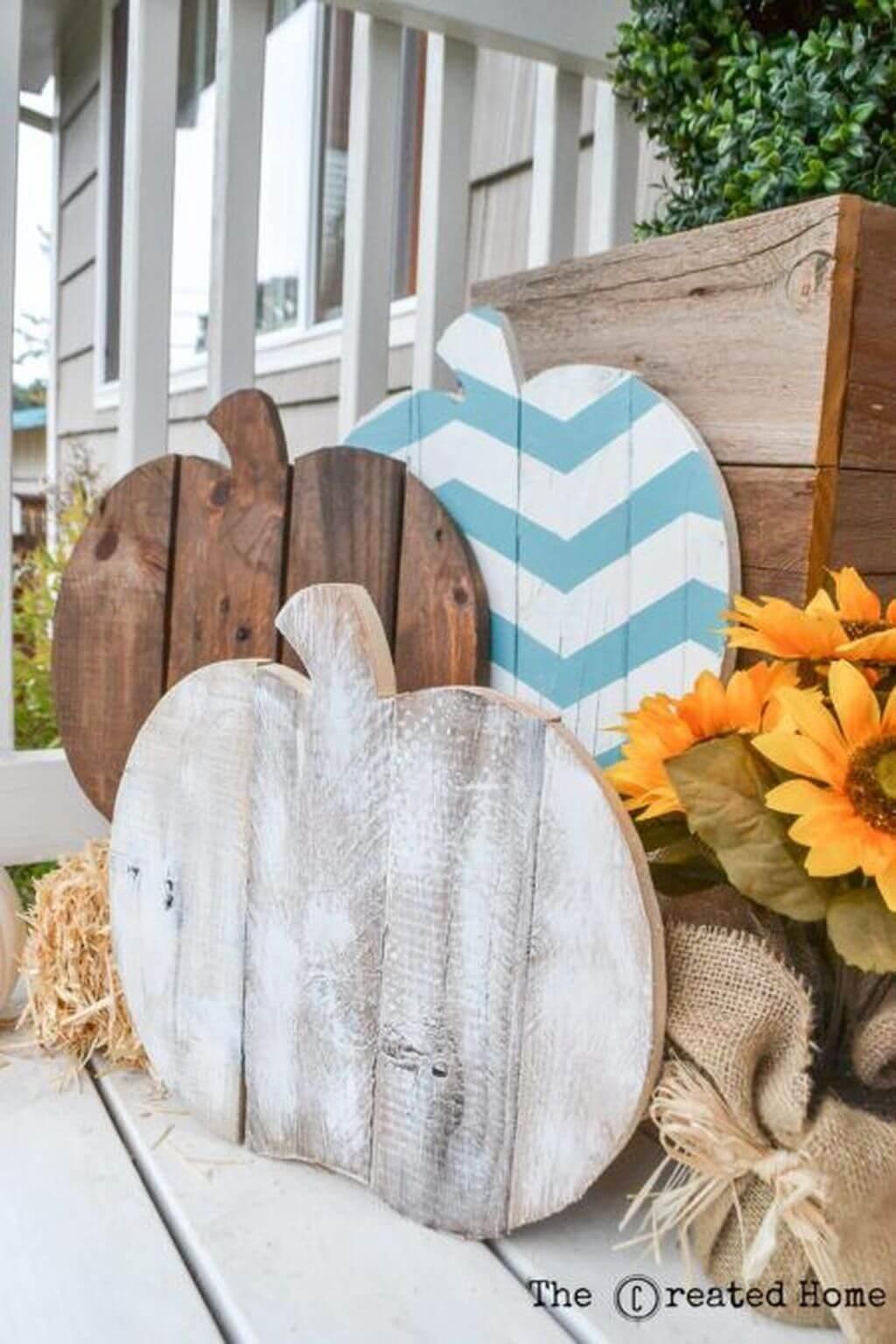 DIY Pretty Pallet Pumpkin Cut Out Decorations