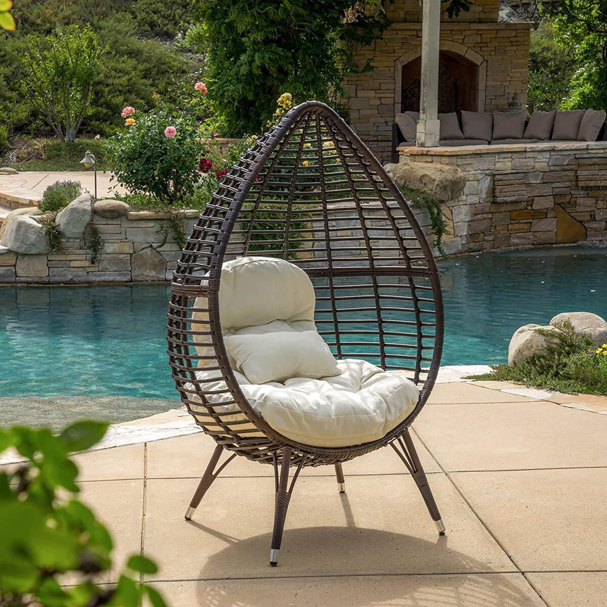 Cutter Teardrop Wicker Lounge Chair