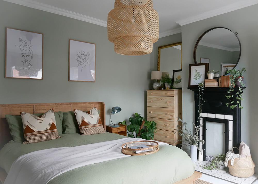 Green Theme Scandi Bedroom Décor