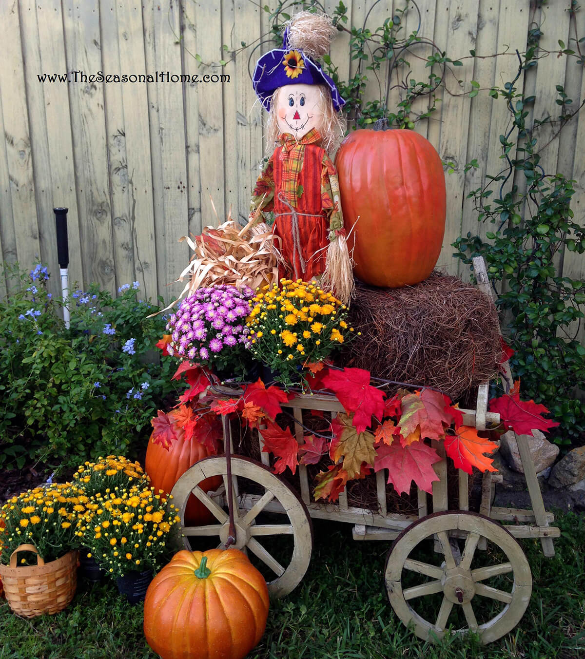 Scarecrow Hay Ride Fall Front Yard Decoration