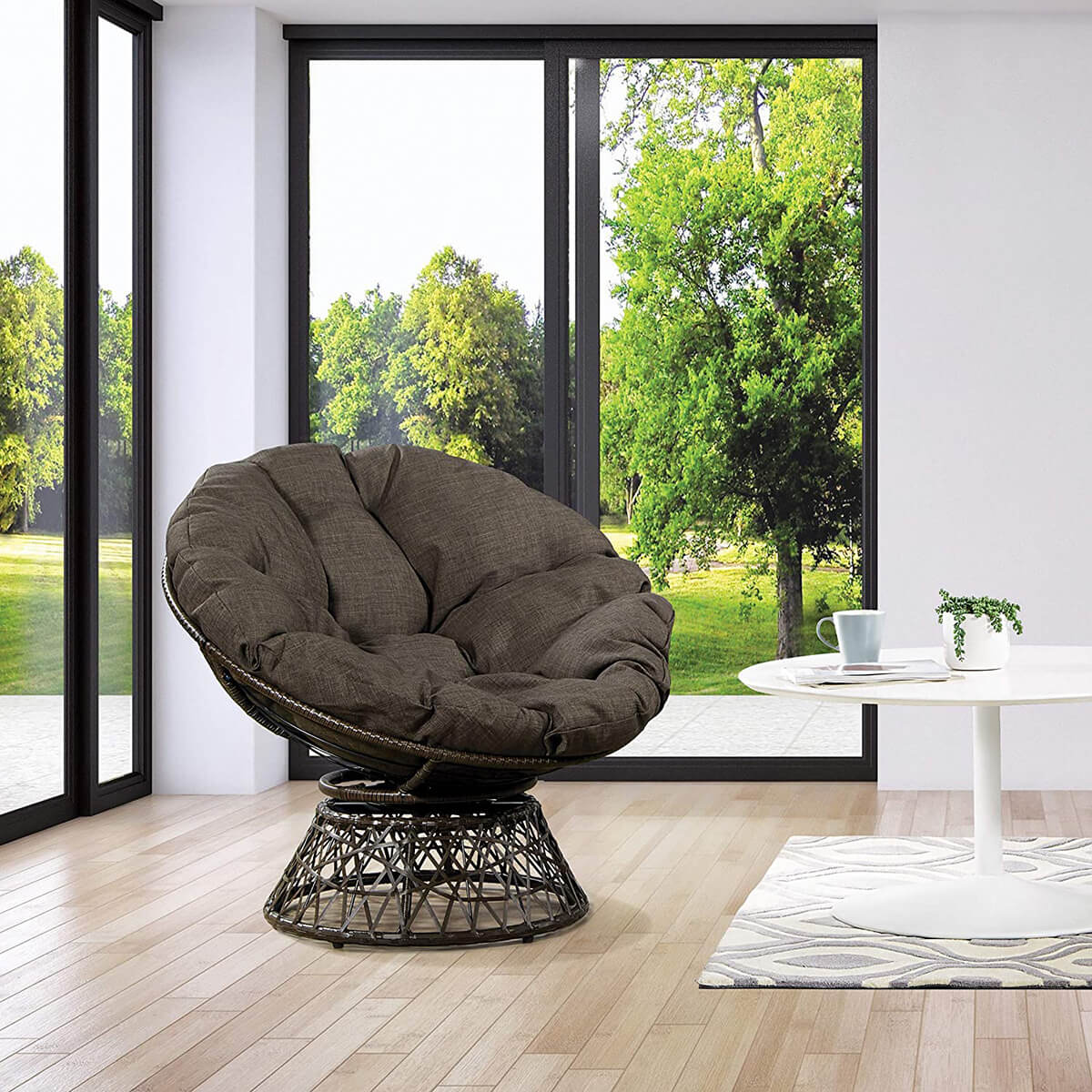Simple Wicker Papasan Lounge Chair