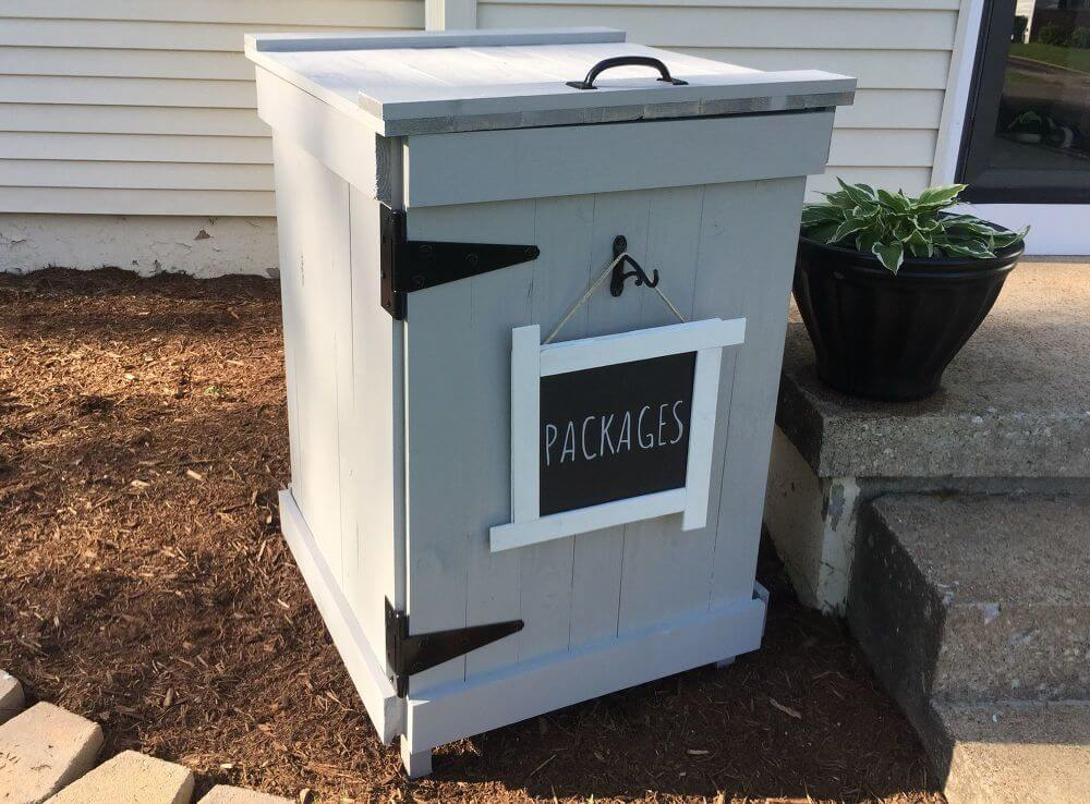 Cool Theft-Proof Package Mailbox Design