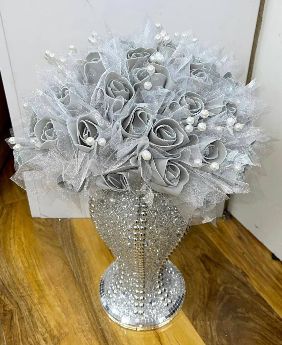 Crushed Diamond Vase with Silver Flowers